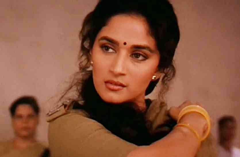 Madhuri Dixit Do Not Want Mention Sanjay Dutts Film In Her Show ...