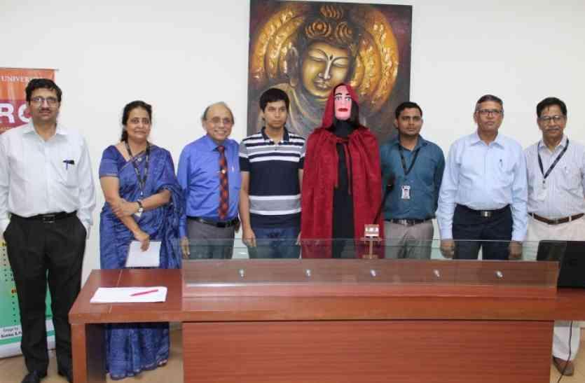 मणिपाल यूनिवर्सिटी जयपुर में अब रोबोट करेगा काउंसलिंग, तीन लोगों का अकेले निपटाएगा काम