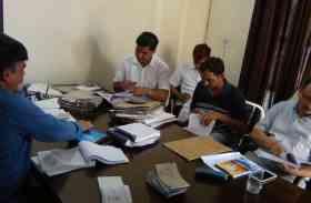 सीएम फ्लाइंग टीम ने दादरी आरटीओ कार्यालय में की छापेमारी