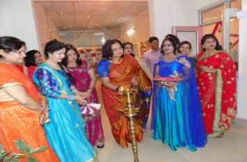 पूर्वोत्तर रेलवे महिला क्लब ने मनाई तीज पार्टी