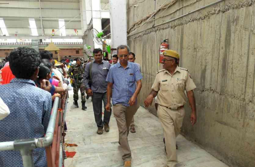 Video Ramdevra fair crime- चोरों की निगाह पर पदयात्री- श्रद्धालु बनकर शामिल हो जाते हैं यात्रा में