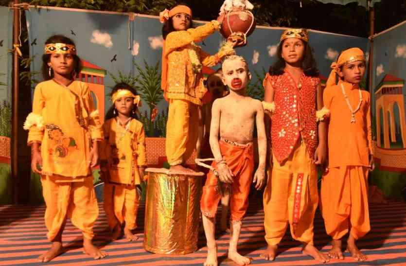 Jaisalmer Krishna Janmastmi video- नन्दघर आनन्द भयो, जय हो गोपाल की, जय कन्हैयालाल की