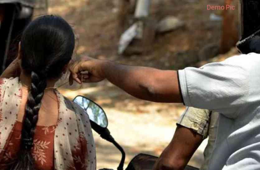 जयपुर: बेख़ौफ़ चेन स्नैचर्स का निशाना बनी पुलिस अफसर की पत्नी, गले-सिर पर गंभीर चोट आने से अस्पताल में भर्ती