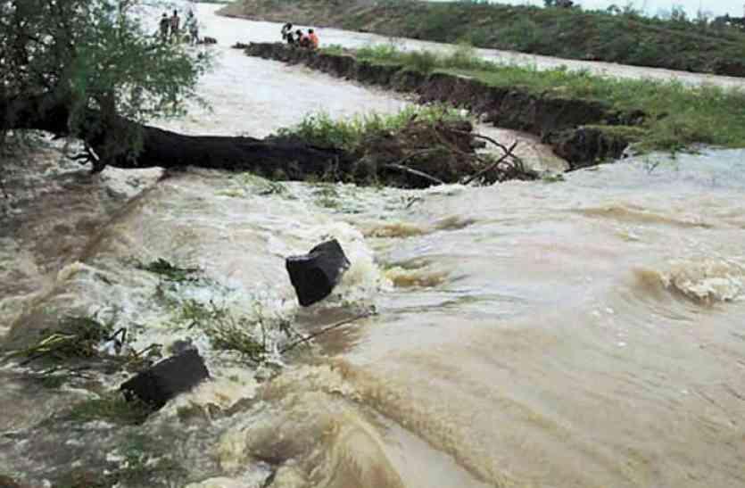 विनाशकारी घाघरा ने मचाया प्रलय, कई ग्रामीणों की हो चुकी है मौत