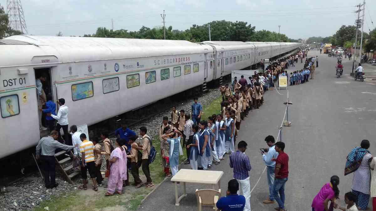 science  train