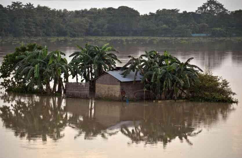 कई राज्यों में बाढ़ से करोड़ों के ऑर्डर रद्द