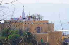 राजस्थान के इस मंदिर में इंसानी रूप में विराजमान है भगवान 'गणपति', प्रथम अश्वमेघ के समय हुई थी स्थापना