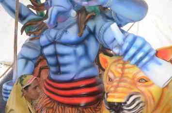 हुनर ए-जज्बा: महिला ने बनाई बप्पा की मूर्ति, आज बनी करोड़ों महिलाओं के लिए प्रेरणा