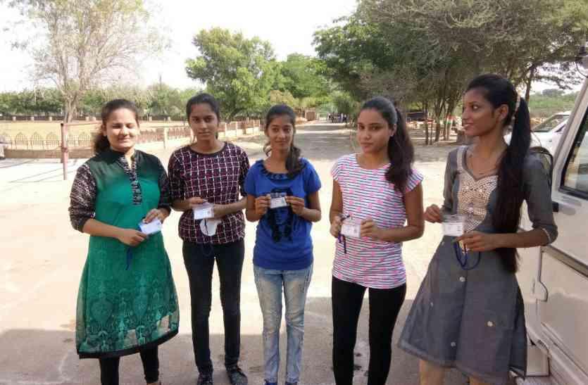 Video Student union elecation in Jaisalmer- छात्रसंघ चुनाव शुरू, पहले दो घंटों में जैसलमेर शहर के दो कॉलेजो में 314 ने किया मतदान