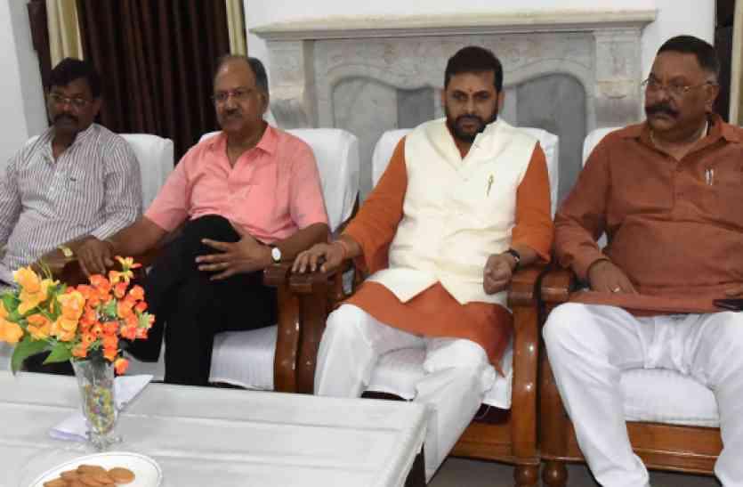 मंत्री बृजमोहन बोले- इस मुद्दे से BJP को हुआ है नुकसान, कहा- मैं हमेशा रहा सुर्खियों में