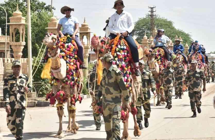 Jaisalmer video- स्वर्ण  नगरी पहुंची महिला कैमल सफारी, तो ऐसे बढ़ाया इनका हौसला