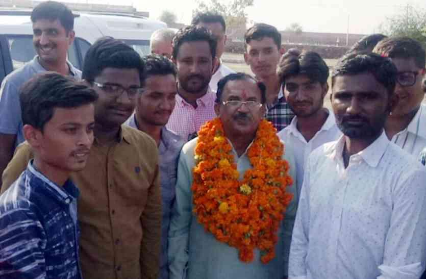 Jaisalmer Video- शिक्षामंत्री का विद्यालयों में सुविधाएं व विकास के लिए दिया सुझाव क्या सफल होगा? दीजिए अपनी प्रतिक्रिया