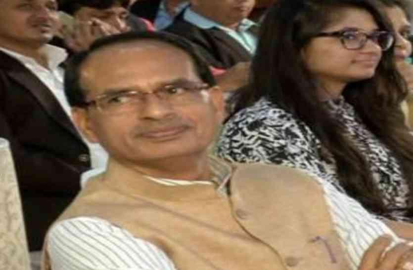 शिवराज के मंत्री के कारण सूचना आयुक्तों की नियुक्ति में फंसा पेंच,बैठक टली