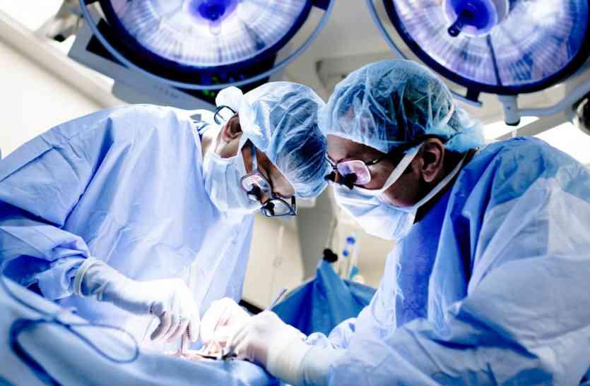 गंगोत्री चैरिटेबल अस्पताल में अंर्तराष्ट्रीय स्तर पर चल रही किडनी की स्मगलिंग