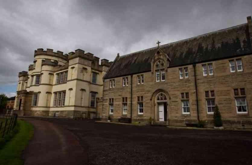 स्कॉटलैंड में सैकड़ों बच्चों की सामूहिक कब्रें मिलीं