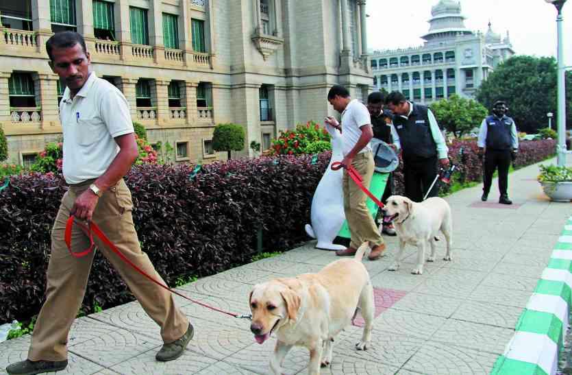 विधान सौधा और नेहरू तारामंडल में बम की अफवाह