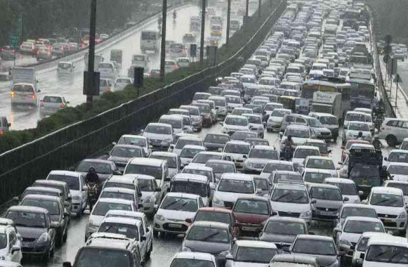 चीन में बैन होंगी डीजल-पेट्रोल वाली गाड़ियां, अगला नंबर भारत का ?