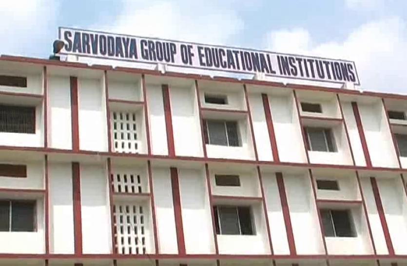 मुलायम के संसदीय क्षेत्र आजमगढ़ में सुरक्षा मानक पर फेल हुए ज्यादातर स्कूल