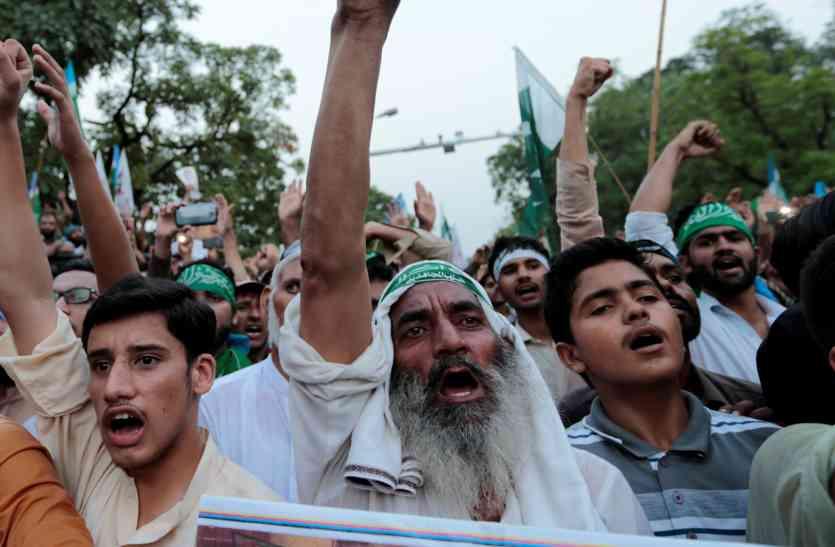 POK में सर्वे: पाकिस्तान से दिलाओ आजादी, सरकार ने बंद किया अखबार