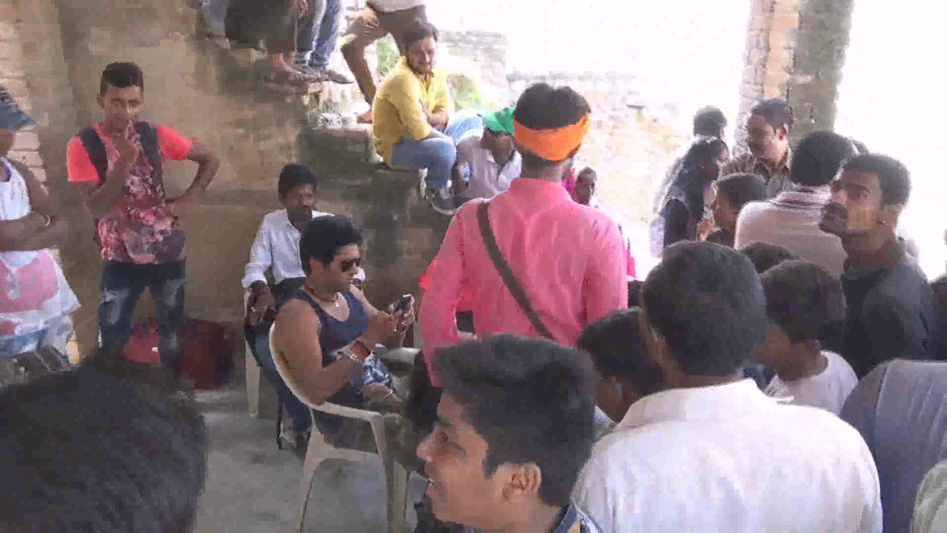 fil shootinmg in mirzapur