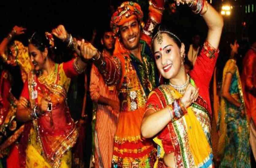 Navratri Garbaa Songs for Gujrati- नवरात्रि में गरबे संग गुजराती गानों की धूम