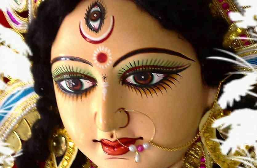 शारदीय नवरात्र 2017 करने से पहले जरूर पढ़ लें यह खबर, सिर्फ इतने ही दिन है शुभ संयोग