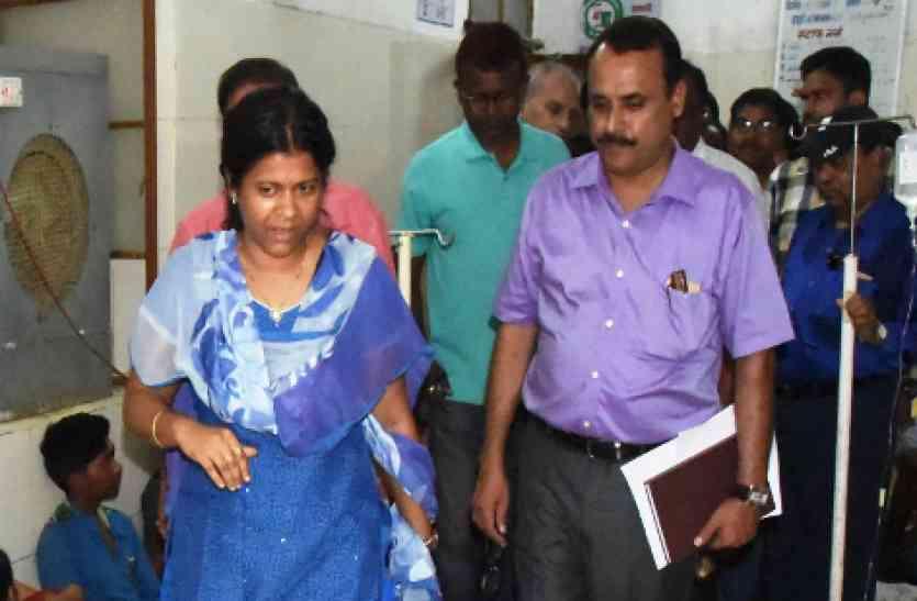 हेल्थ सचिव-कमिश्नर की दो टूक सुन मेडिकल कॉलेज की मान्यता बचाने इस लेडी IAS ने संभाली कमान