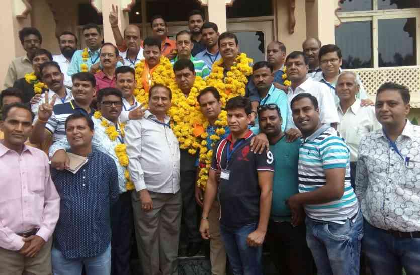 UDCA ELECTION: उदयपुर क्रिकेट पर सीपी जोशी गुट का दबदबा, मनोज बने अध्यक्ष, महेंद्र सचिव