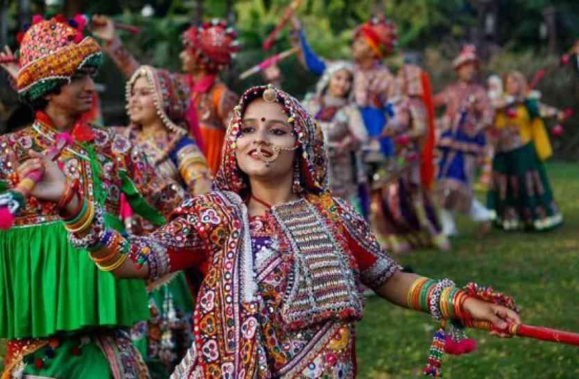 top10 Best Navratri Garbaa Songs- एमपी के इस शहर में गुजराती समाज का गरबा है सबसे अलग
