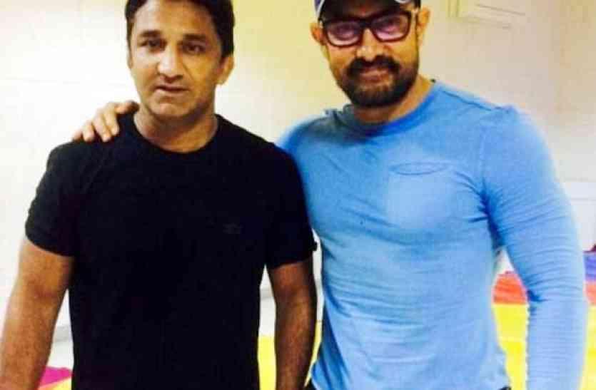 आमिर खान के गुरुÓ ने पहले संघ को बोला-खच्चर, नोटिस मिला तो पलटे