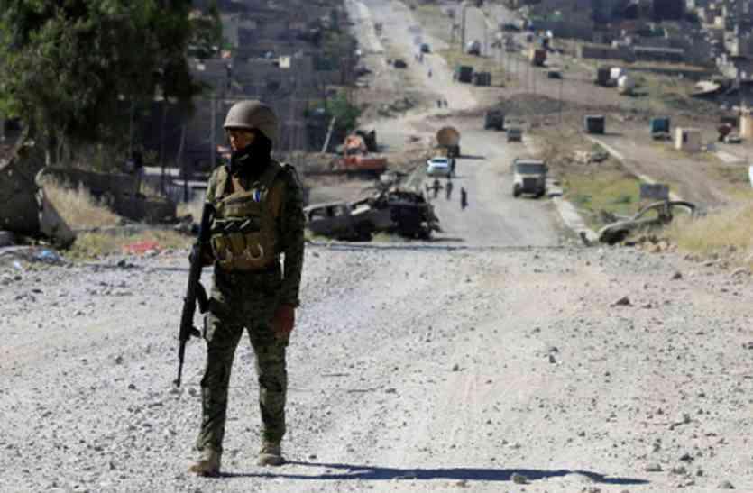 सीरियाई सीमा के पास आईएस विरोधी अभियान शुरू