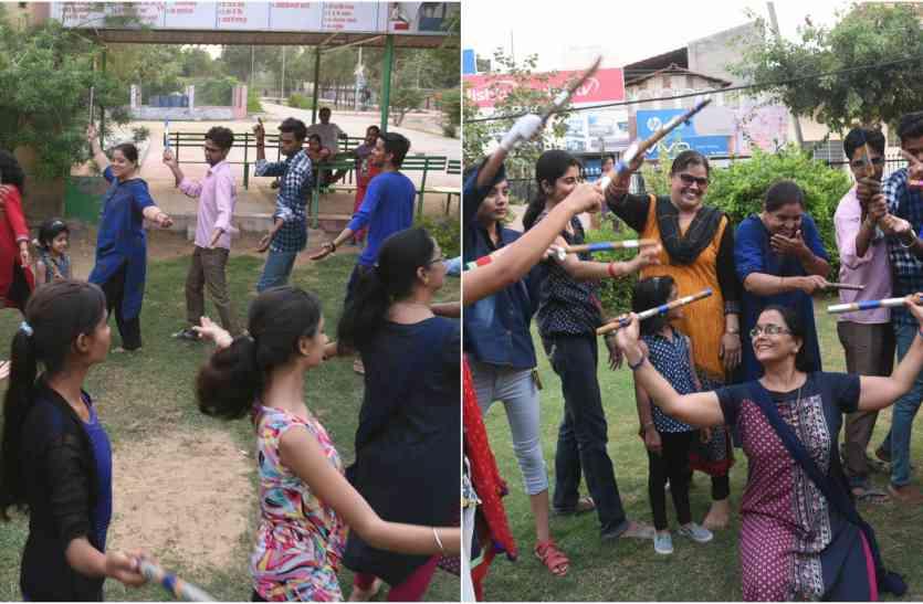 #navratri 2017: संगीत पर दो दिन थिरकेंगे डांडिया रसिक, युवा वर्ग में उत्साह