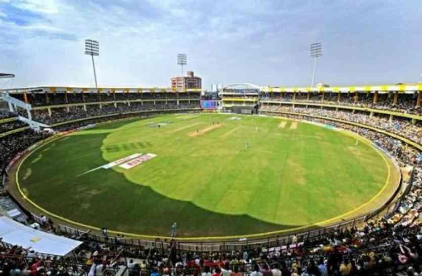 भारत-आस्ट्रेलिया मैच में अनहोनी पर 5 लाख मिलेंगे दर्शक को, इंदौर में सुबह 10 बजे से मिलेंगे टिकट