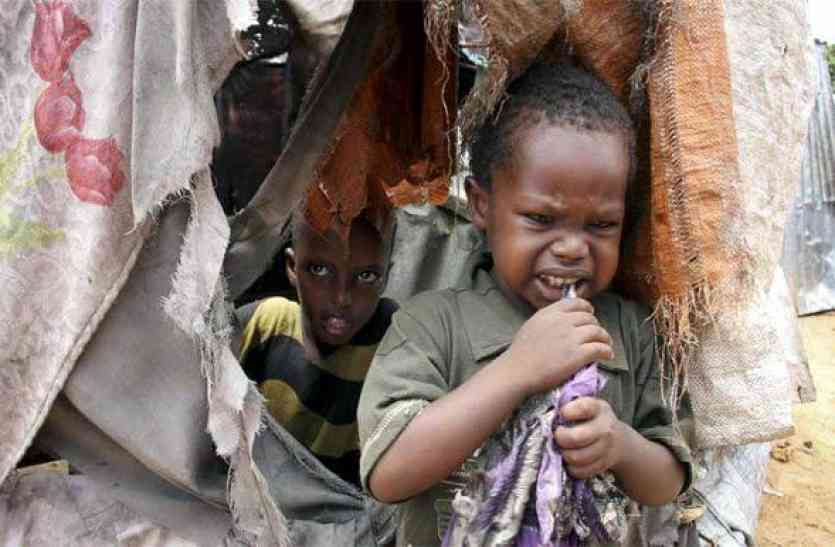 कुपोषण यूपी के लिए बड़ा चैलेंज - नहीं बढ़ रही बच्चों की लम्बाई, हो रहे अकाल मौत के शिकार