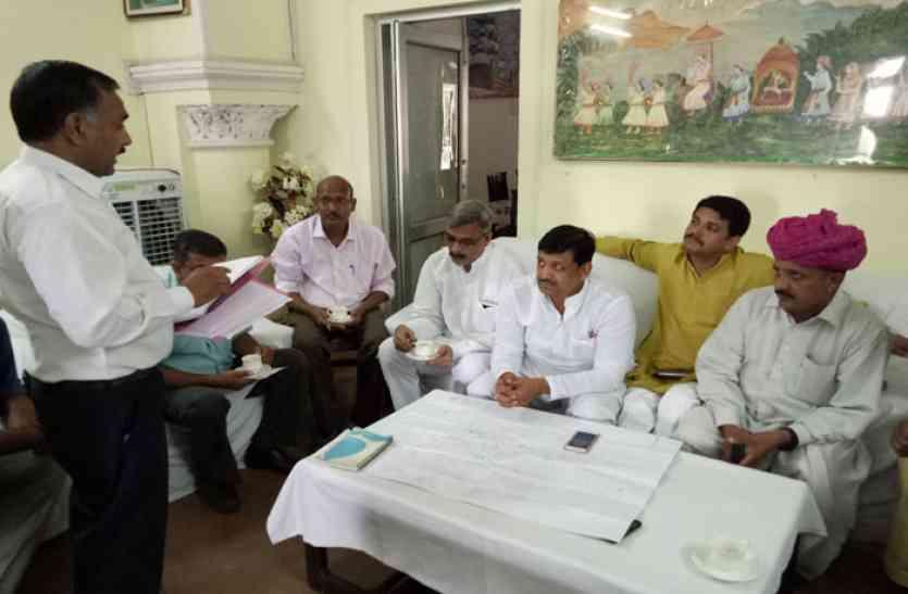 विधायक ने काम में तेजी लाने के दिए निर्देश, दिसम्बर तक हर हाल में रोजाना लोगों को मिले बीसलपुर का पानी