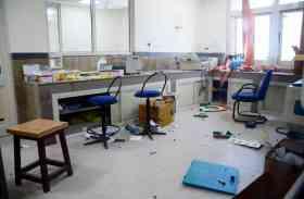 Photos: जोरदार धमाके से थर्रा उठा एसएमएस हॉस्पिटल, मरीजों में मच गई अफरा-तफरी