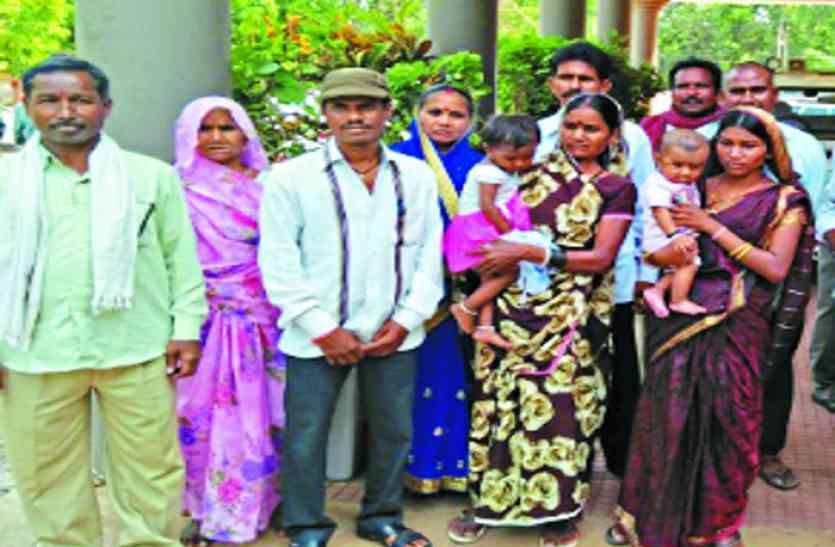 आजमगढ़ में दलित छात्राओं के साथ छेड़खानी के बाद बवाल, दर्जन भर घायल