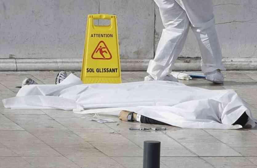 फ्रांस में आतंकी हमला, आईएस के हमलावर ने  चाकू से ली जानें