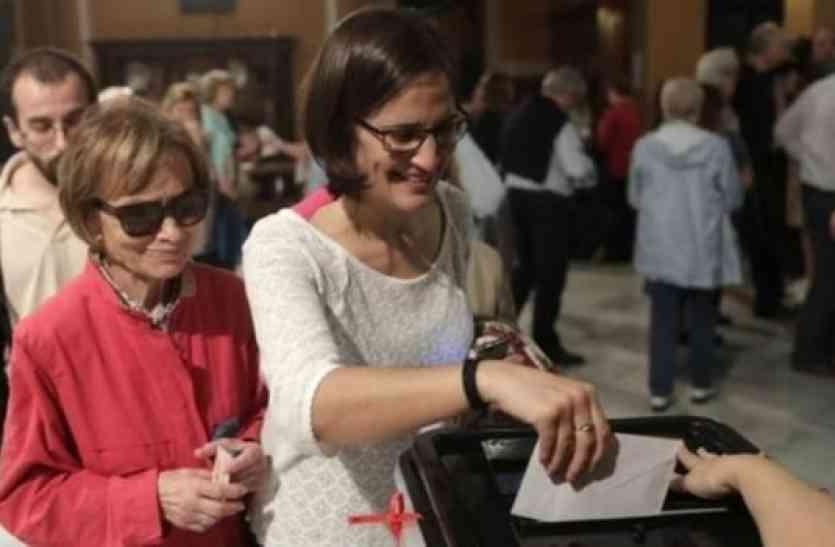 टूट जाएगा स्पेन, कैटालोनिया जनमत संग्रह में 90 फीसदी लोग चाहते हैं आजादी