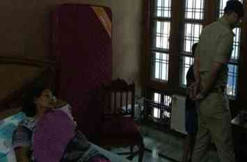 Video: रिटायर्ड जज के घर 60 वर्षीय महिला को बंधक बना डाली डकैती
