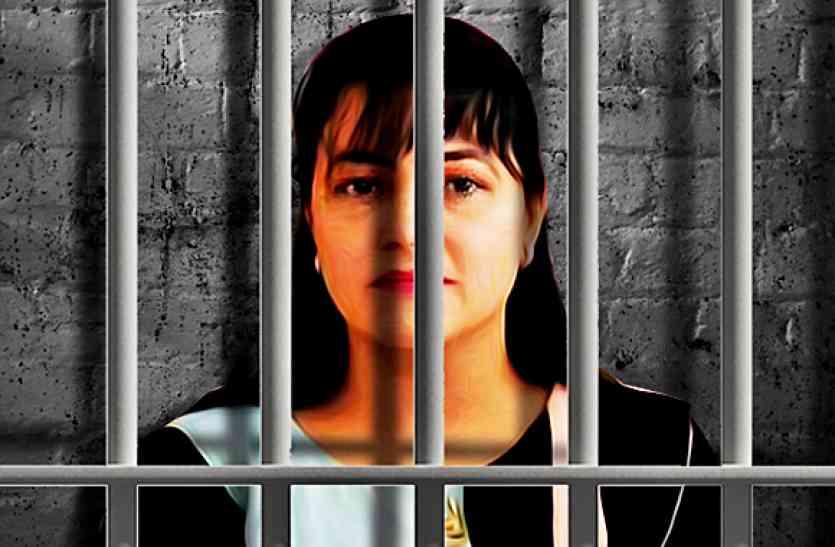विपासना को देखकर जोर-जोर से थाने में रोई हनीप्रीत, कोर्ट ने न्यायिक हिरासत बढ़ाई
