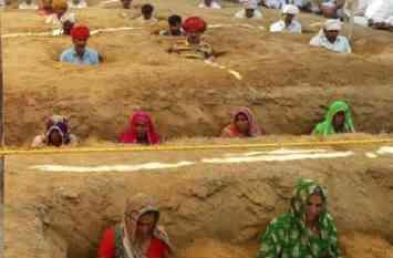 750 बीघा जमीन जो जेडीए के कब्जे में जाएगी, ये किसान ऐसे ही गड्ढे में दबकर उसे खोना नहीं चाहते
