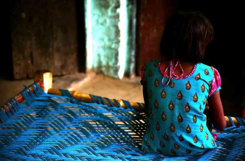 जौनपुर में किशोरी से 30 मिनट में दो बार रेप, मां-बाप की डांट से नाराज होकर निकली थी घर से