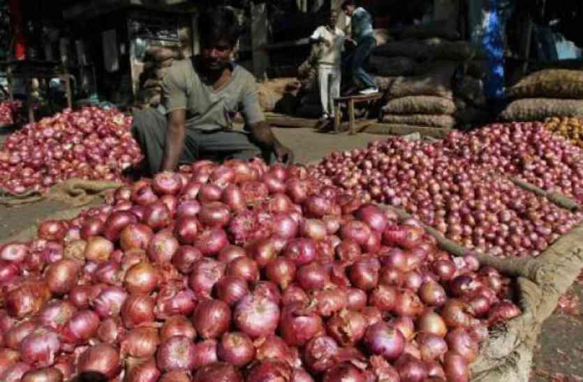 दिवाली से पहले लोगों पर पड़ेगी महंगाई की मार, 80 रुपए किलो पहुंच सकते हैं प्याज के दाम