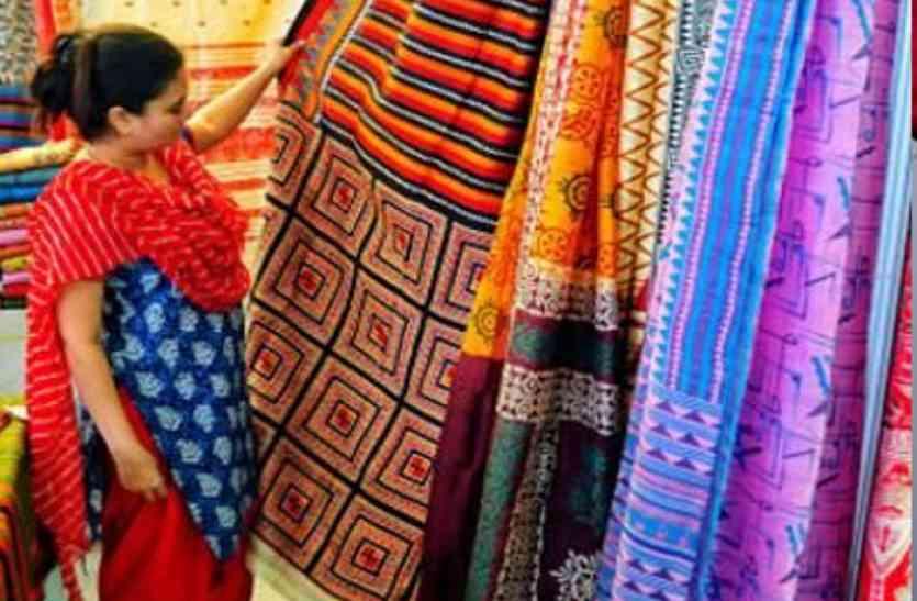 छह दिवसीय सिल्क इंडिया प्रदर्शनी शुरु, सिल्क के दिख रहे अनेक रुप