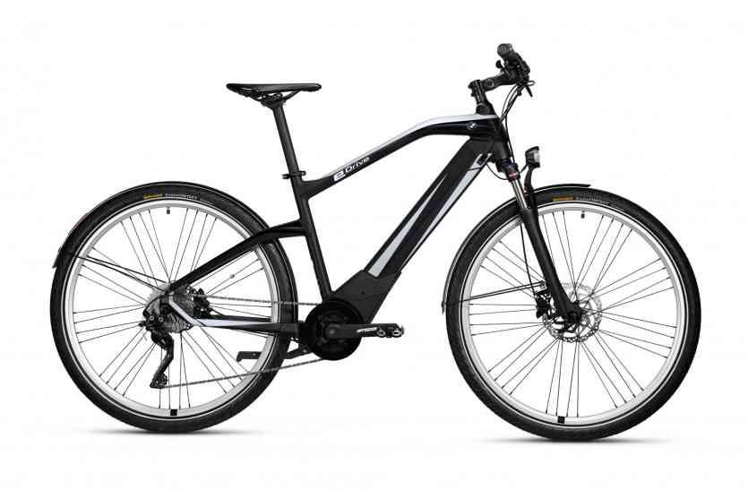 BMW ने लॉन्च की बैटरी से चलने वाली ई—साइकिल, फुल चार्ज में चलेगी 100km
