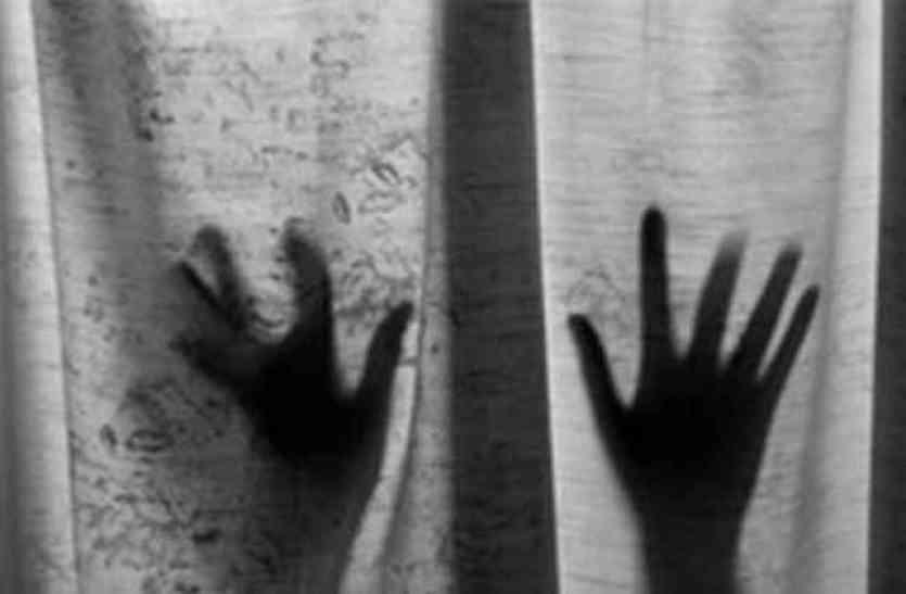 जोधपुर में युवती ने थाने के बाथरूम में किया खुदको बंद और दी एेसी धमकियां..