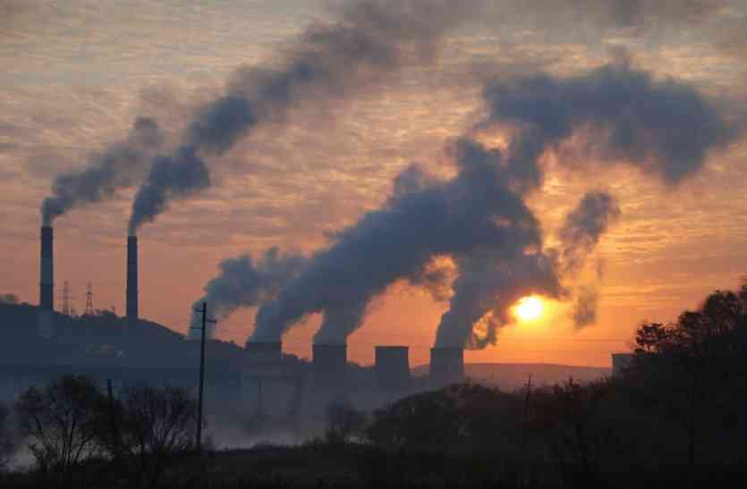 दिवाली से पहले रेड जोन में पहुंचा दिल्ली का वायु प्रदूषण, डीजल जेनरेटर पर बैन