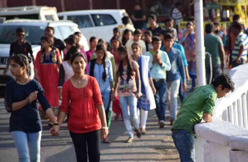 DIWALI 2017: अब कुछ दिन राजस्थान में गुजारेगा गुजरात, उदयपुर में पर्यटन की होगी दिवाली