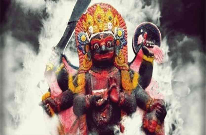 kaal bhairav mantra sadhna - काल भैरव के इस मंत्र से जीवन में नहीं आएगी कोई बाधा, जानें ये उपाय